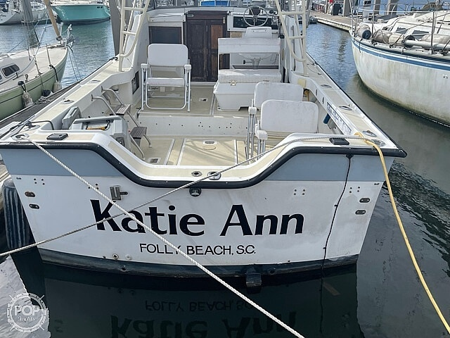 1987 Luhrs boat for sale, model of the boat is 30' Alura & Image # 7 of 40