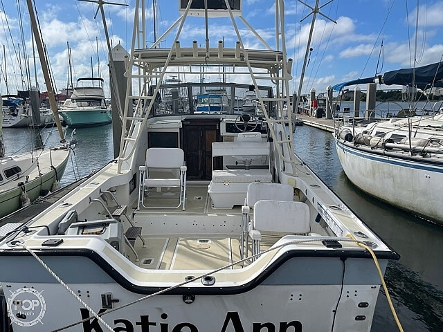 1987 Luhrs boat for sale, model of the boat is 30' Alura & Image # 8 of 40