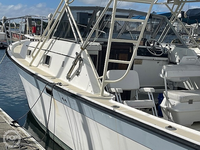 1987 Luhrs boat for sale, model of the boat is 30' Alura & Image # 14 of 40