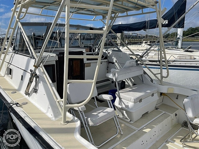 1987 Luhrs boat for sale, model of the boat is 30' Alura & Image # 16 of 40