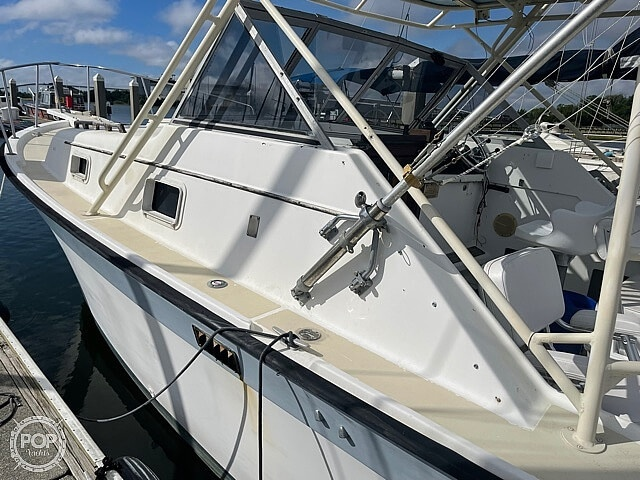 1987 Luhrs boat for sale, model of the boat is 30' Alura & Image # 17 of 40