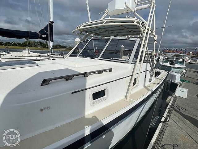 1987 Luhrs boat for sale, model of the boat is 30' Alura & Image # 19 of 40