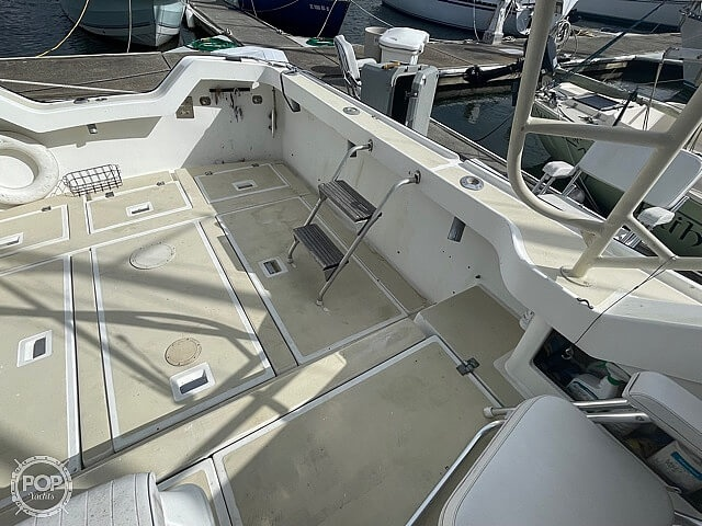 1987 Luhrs boat for sale, model of the boat is 30' Alura & Image # 22 of 40