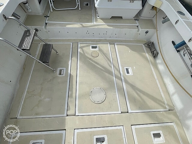 1987 Luhrs boat for sale, model of the boat is 30' Alura & Image # 27 of 40