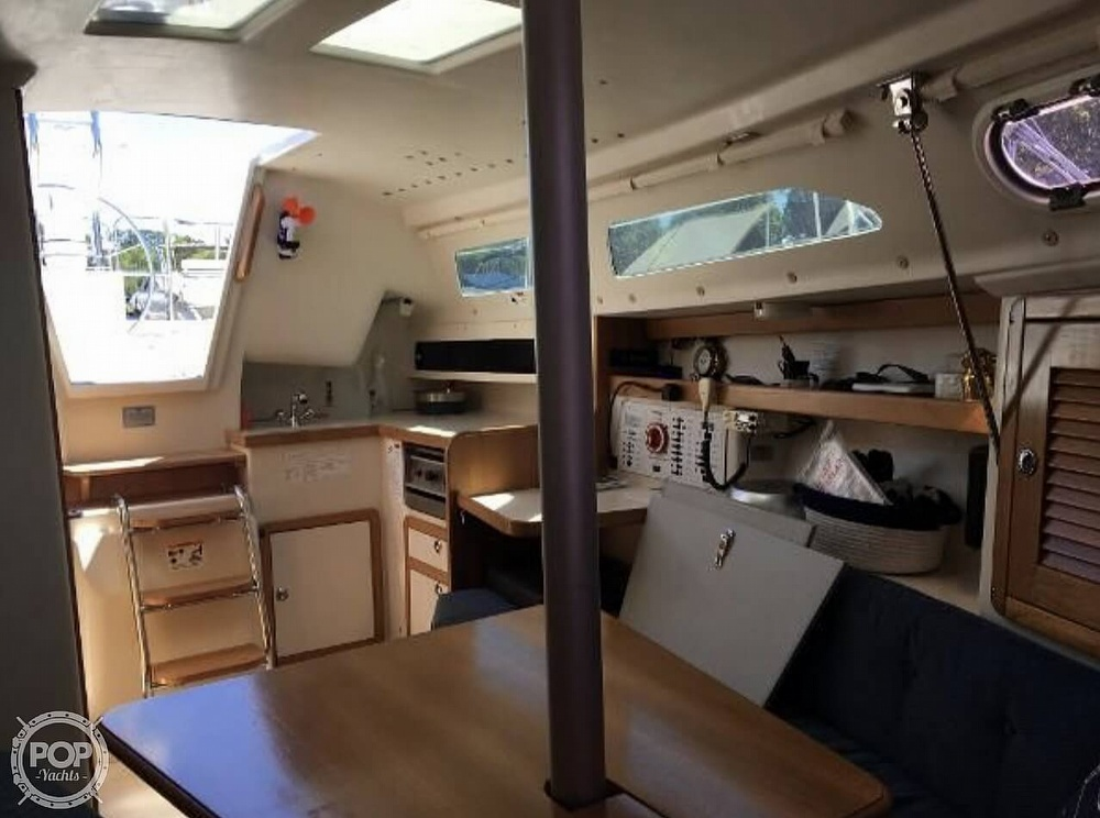 2005 Catalina Yachts boat for sale, model of the boat is 270SD & Image # 15 of 37