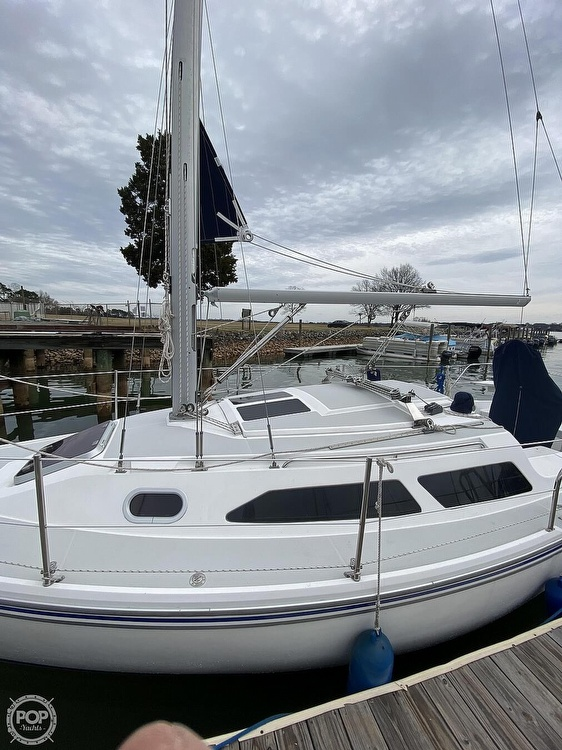 2005 Catalina Yachts boat for sale, model of the boat is 270SD & Image # 30 of 37