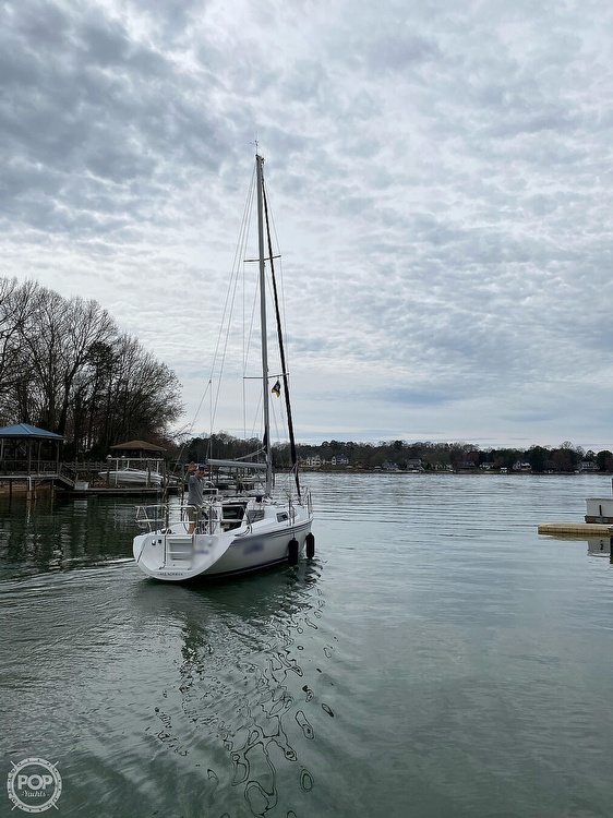 2005 Catalina Yachts boat for sale, model of the boat is 270SD & Image # 32 of 37