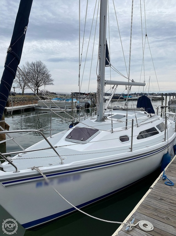 2005 Catalina Yachts boat for sale, model of the boat is 270SD & Image # 34 of 37