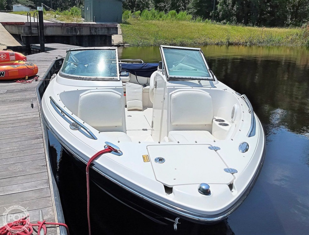 2008 Monterey boat for sale, model of the boat is 234 FS & Image # 4 of 40