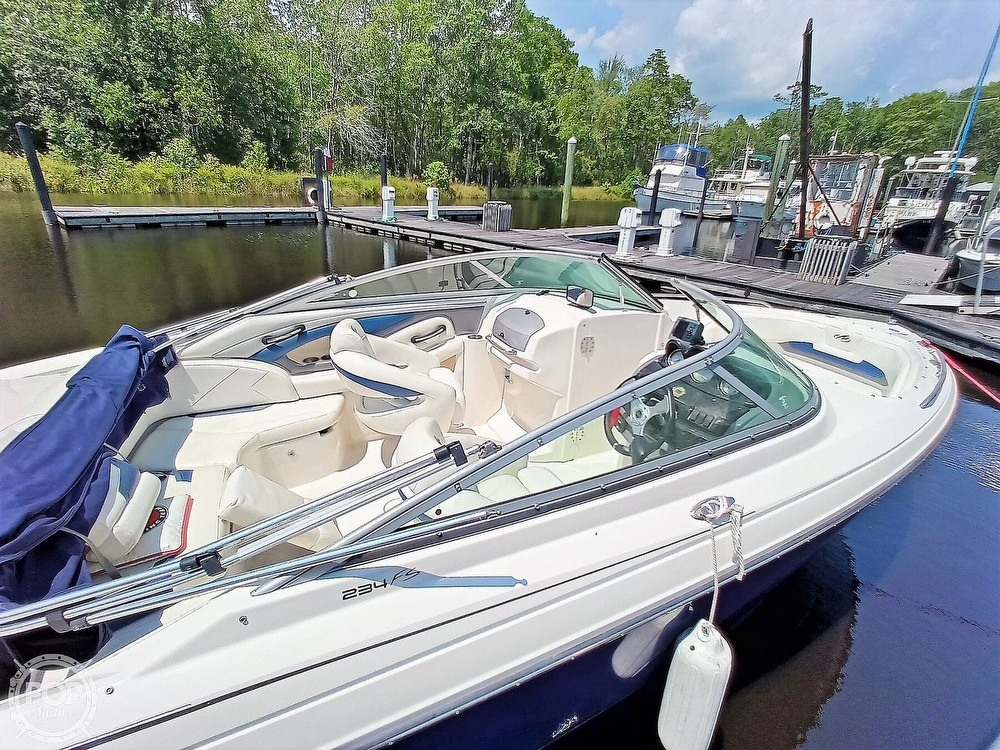 2008 Monterey boat for sale, model of the boat is 234 FS & Image # 13 of 40