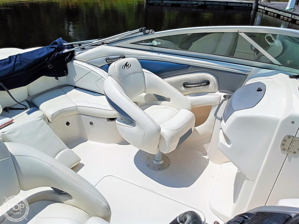 2008 Monterey boat for sale, model of the boat is 234 FS & Image # 17 of 40