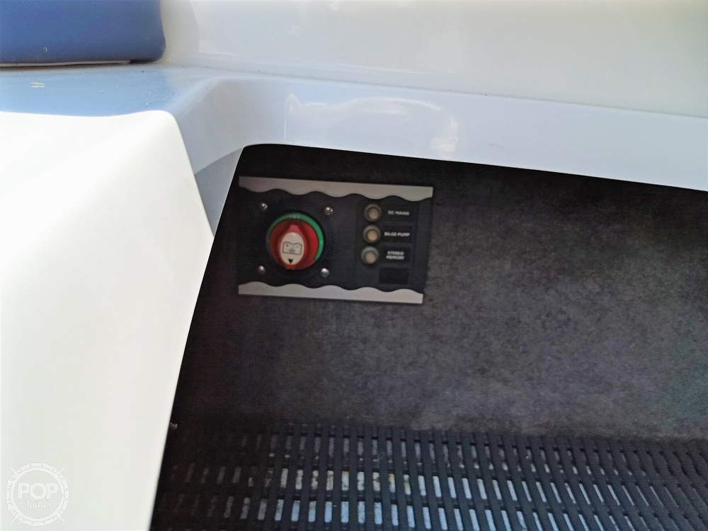 2008 Monterey boat for sale, model of the boat is 234 FS & Image # 31 of 40