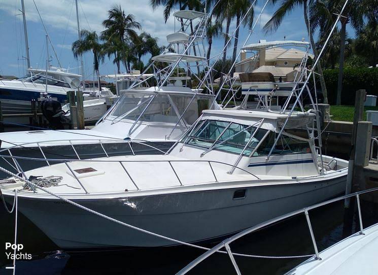 1987 Topaz boat for sale, model of the boat is 37 Sportfisherman & Image # 2 of 40