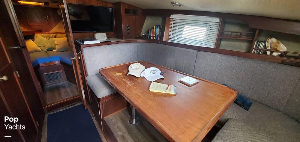 1987 Topaz boat for sale, model of the boat is 37 Sportfisherman & Image # 6 of 40