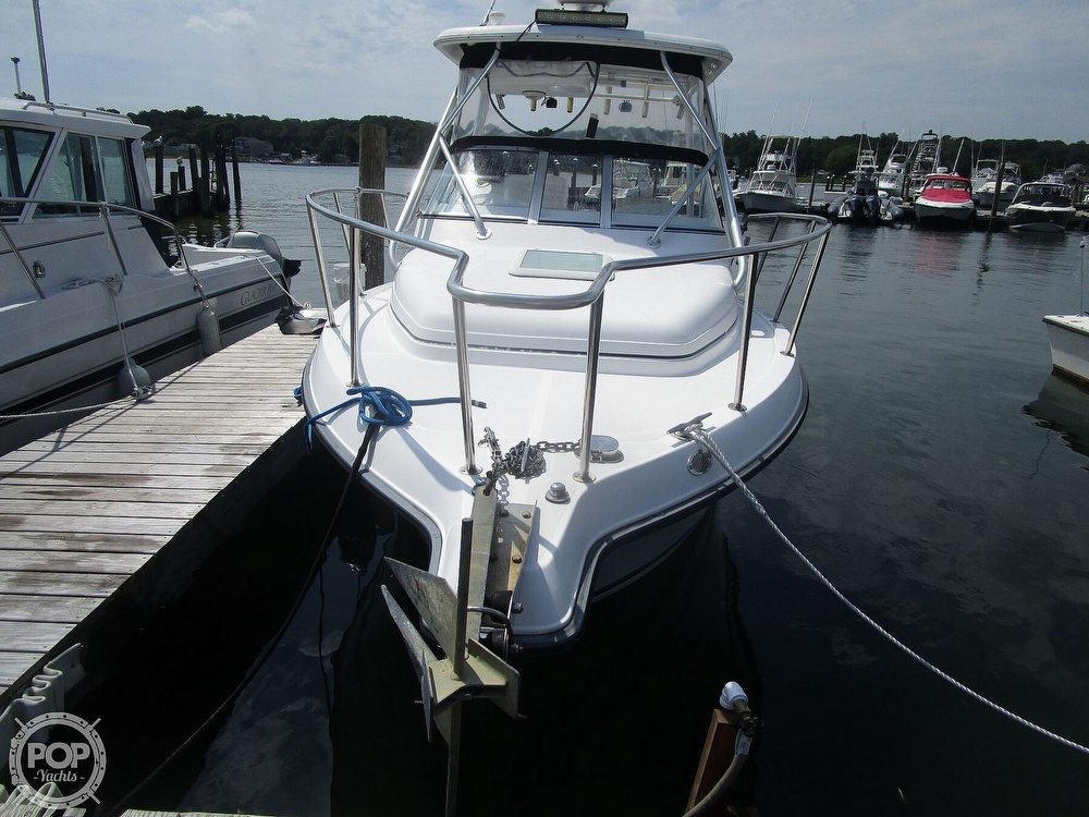 2005 Century boat for sale, model of the boat is 2600 Walkaround & Image # 15 of 40