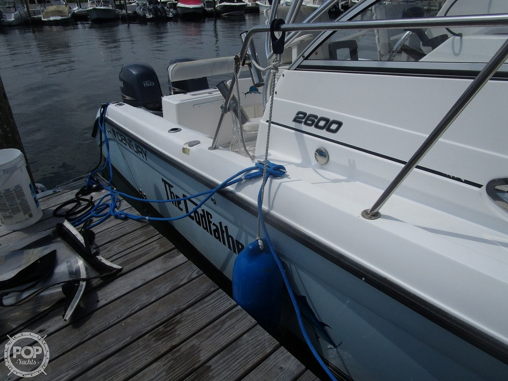 2005 Century boat for sale, model of the boat is 2600 Walkaround & Image # 19 of 40