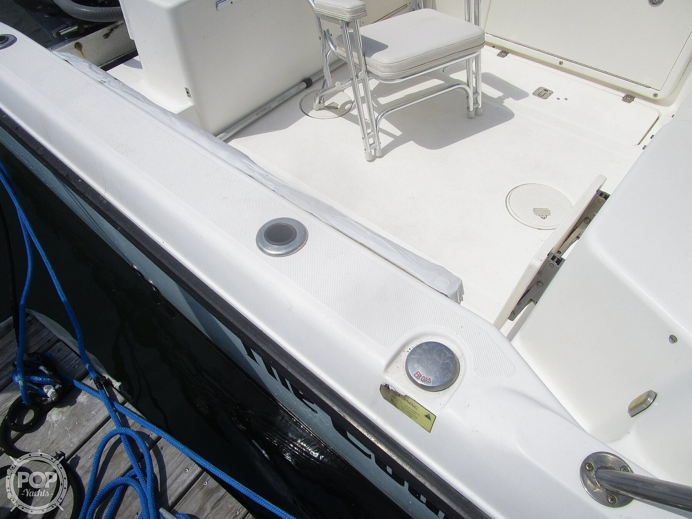 2005 Century boat for sale, model of the boat is 2600 Walkaround & Image # 22 of 40