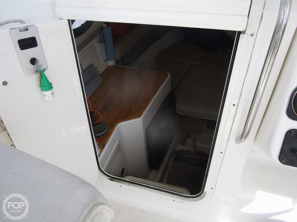 2005 Century boat for sale, model of the boat is 2600 Walkaround & Image # 35 of 40