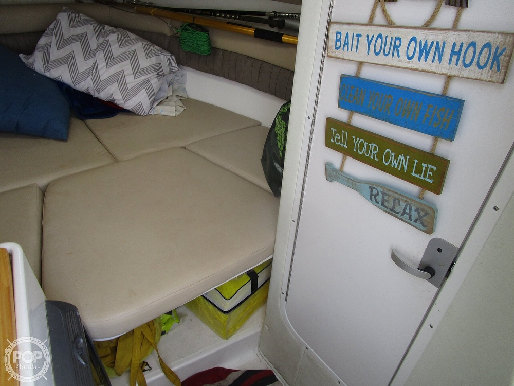 2005 Century boat for sale, model of the boat is 2600 Walkaround & Image # 40 of 40