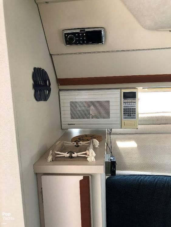 1989 Carver boat for sale, model of the boat is 2767 Santego & Image # 10 of 16