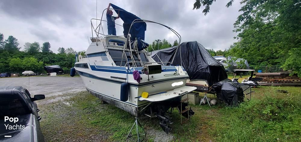1989 Carver boat for sale, model of the boat is 2767 Santego & Image # 4 of 16