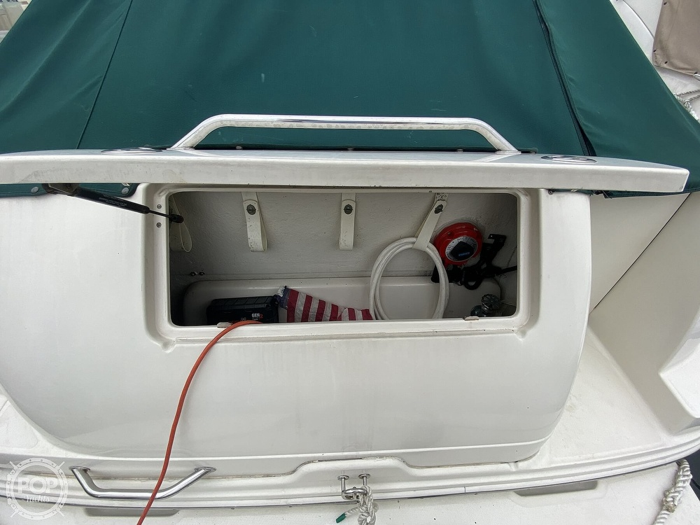 2001 Sea Ray boat for sale, model of the boat is 245 weekender & Image # 14 of 40