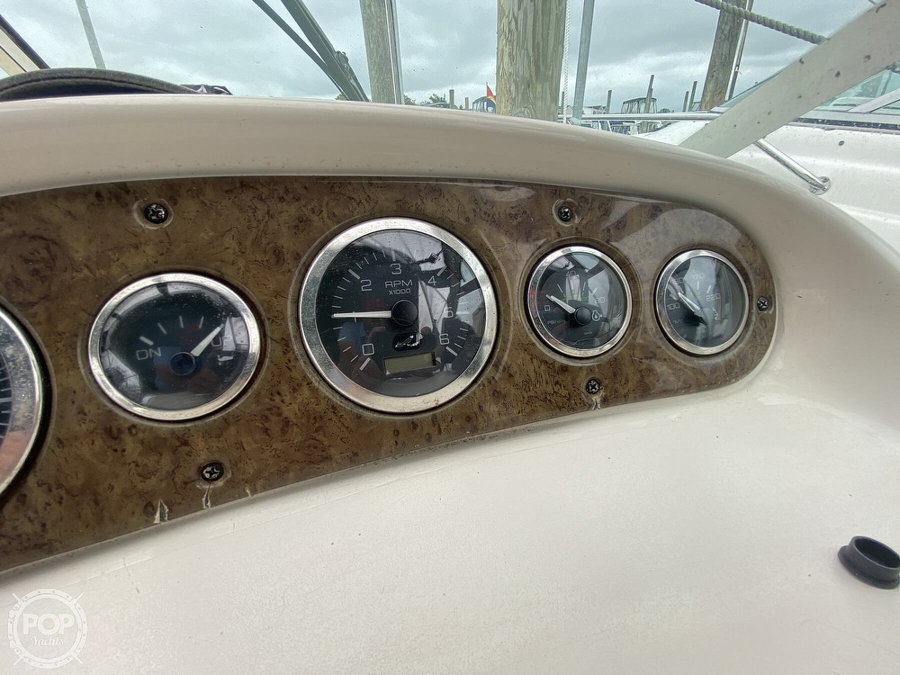 2001 Sea Ray boat for sale, model of the boat is 245 weekender & Image # 24 of 40