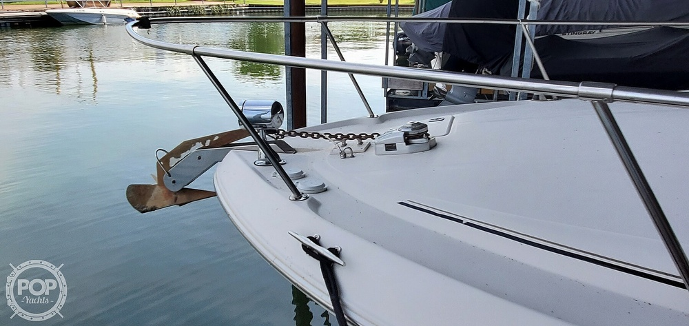 1998 Sea Ray boat for sale, model of the boat is 310 Sundancer & Image # 39 of 40