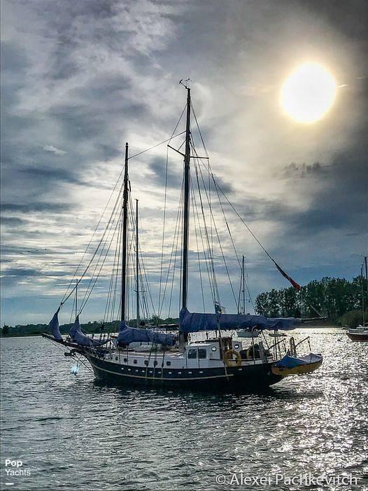 1986 Custom boat for sale, model of the boat is Hans Knoll 46 Schooner & Image # 4 of 5