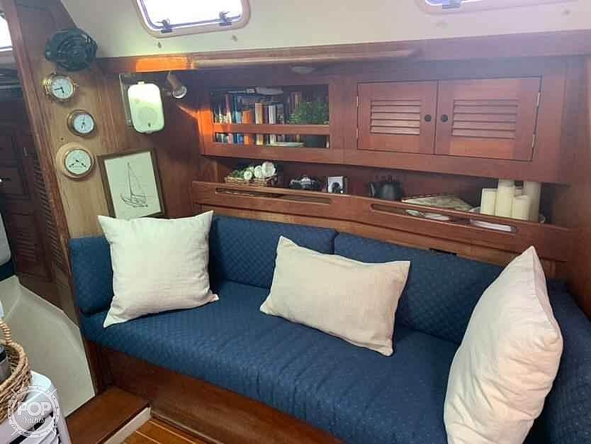 1988 Tartan Yachts boat for sale, model of the boat is 31 & Image # 4 of 40