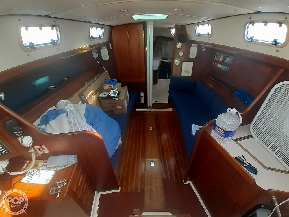 1988 Tartan Yachts boat for sale, model of the boat is 31 & Image # 27 of 40