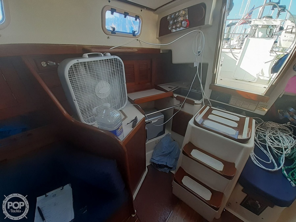 1988 Tartan Yachts boat for sale, model of the boat is 31 & Image # 30 of 40