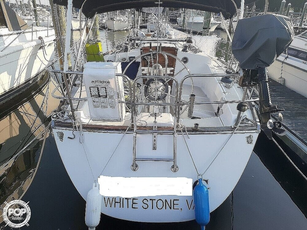 1988 Tartan Yachts boat for sale, model of the boat is 31 & Image # 2 of 40
