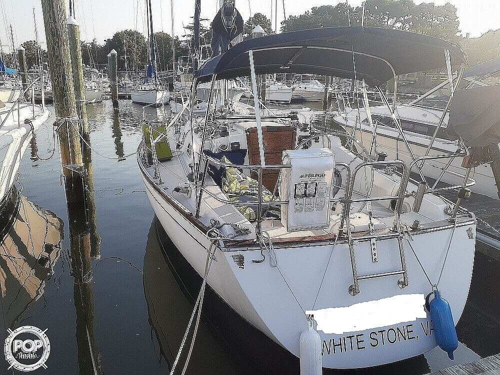 1988 Tartan Yachts boat for sale, model of the boat is 31 & Image # 3 of 40