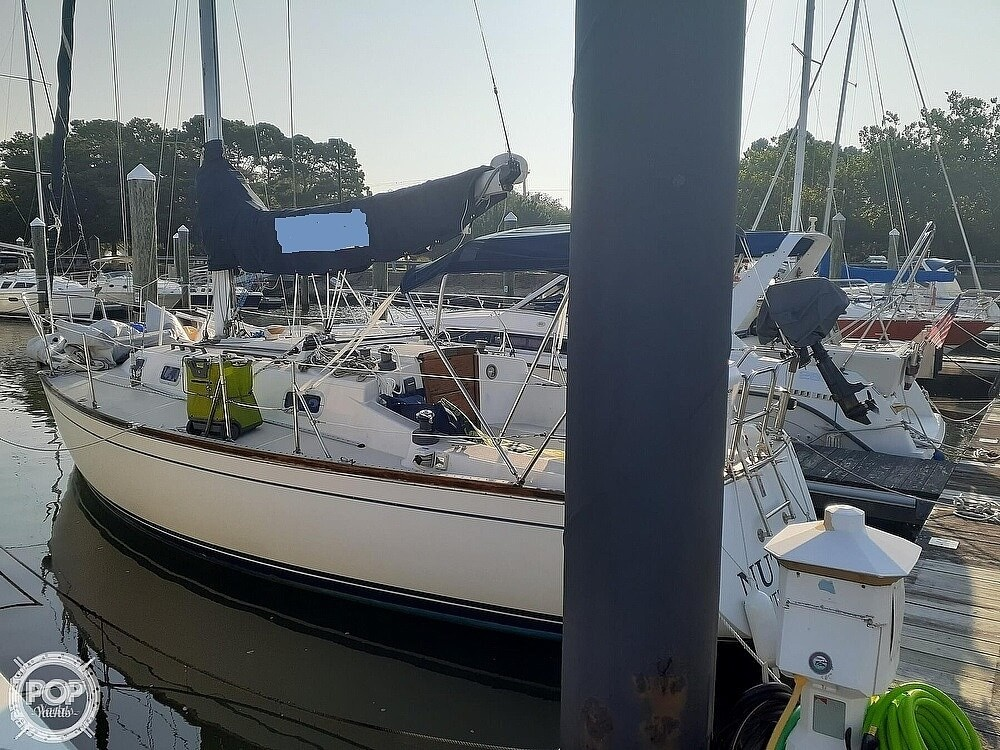 1988 Tartan Yachts boat for sale, model of the boat is 31 & Image # 13 of 40