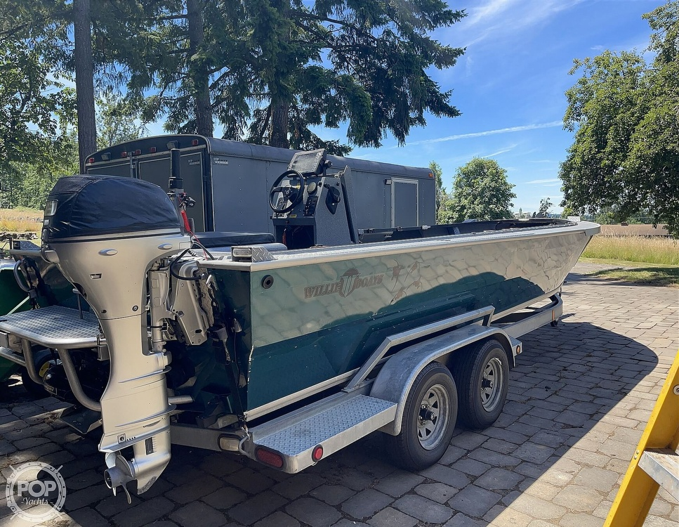 2004 Willie Boats boat for sale, model of the boat is Raptor 23 & Image # 3 of 40