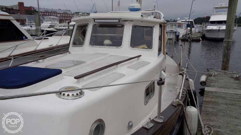 1977 Fisher boat for sale, model of the boat is 30 Pilot & Image # 13 of 40