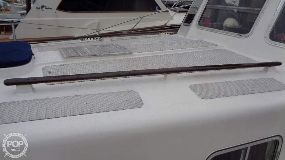1977 Fisher boat for sale, model of the boat is 30 Pilot & Image # 16 of 40