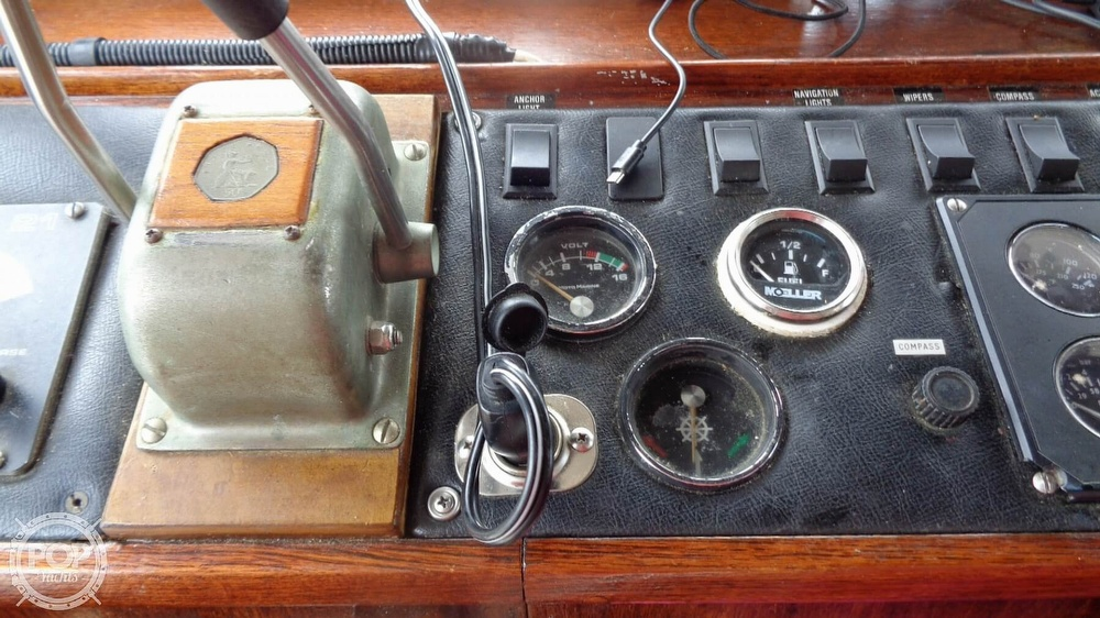 1977 Fisher boat for sale, model of the boat is 30 Pilot & Image # 33 of 40