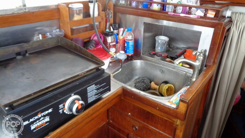 1977 Fisher boat for sale, model of the boat is 30 Pilot & Image # 36 of 40