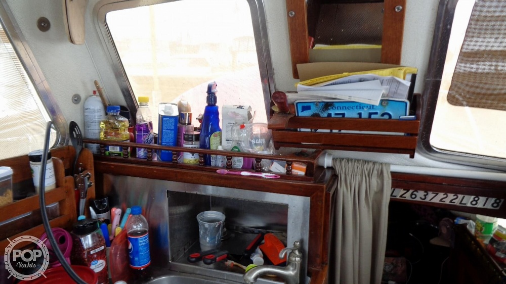 1977 Fisher boat for sale, model of the boat is 30 Pilot & Image # 37 of 40