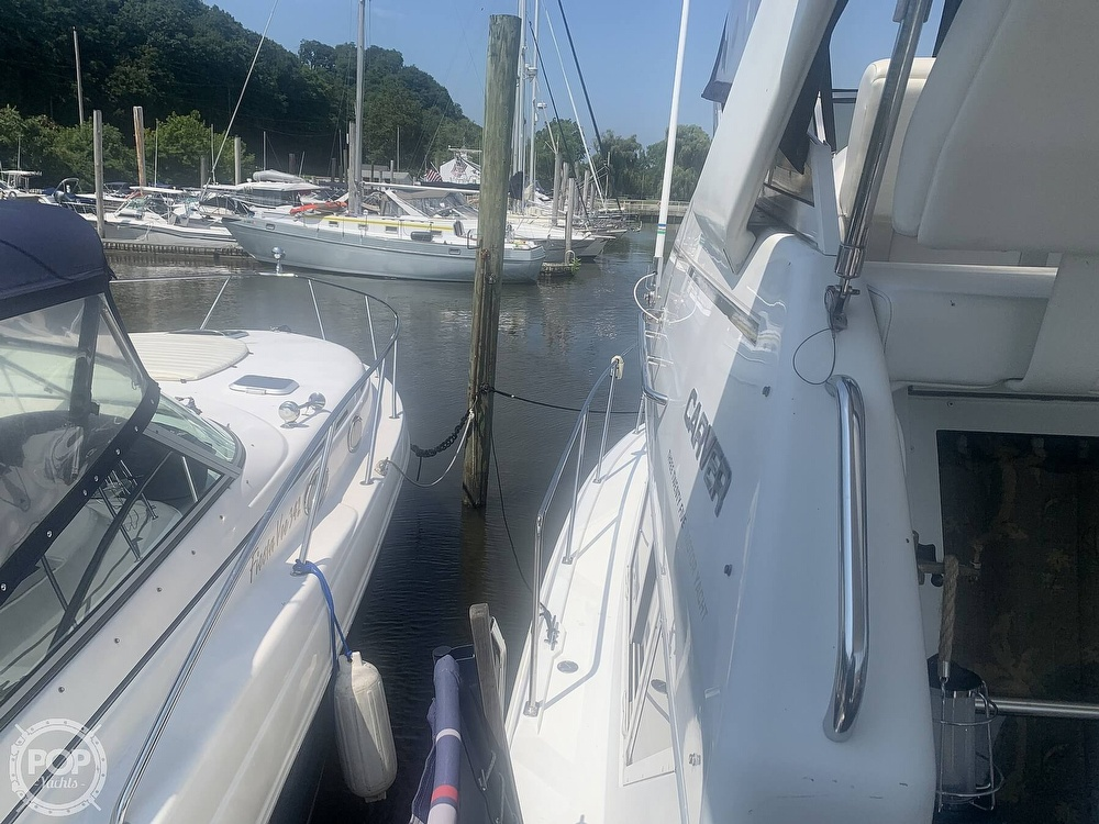 1997 Carver boat for sale, model of the boat is Aft 325 & Image # 17 of 40