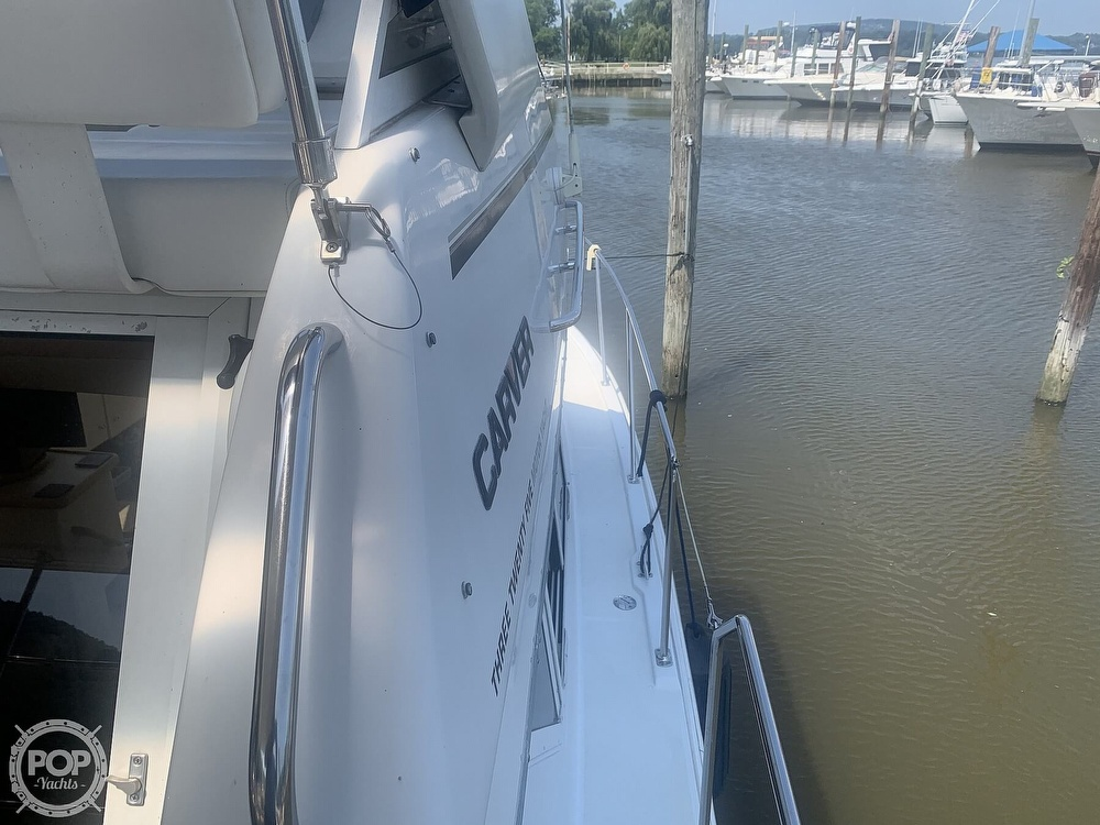 1997 Carver boat for sale, model of the boat is Aft 325 & Image # 20 of 40