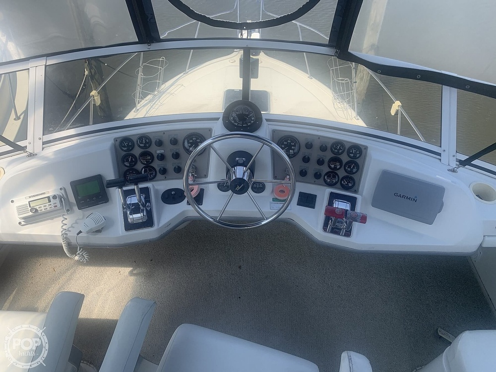 1997 Carver boat for sale, model of the boat is Aft 325 & Image # 3 of 40