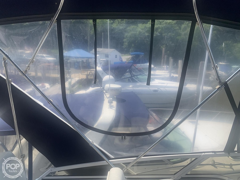 1997 Carver boat for sale, model of the boat is Aft 325 & Image # 27 of 40