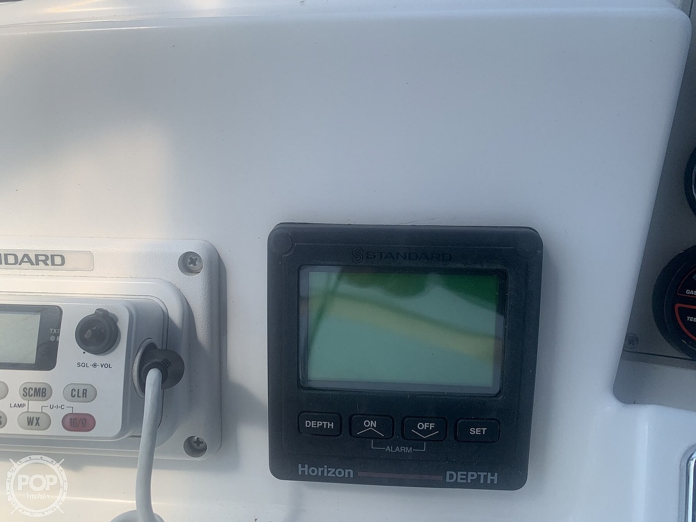 1997 Carver boat for sale, model of the boat is Aft 325 & Image # 38 of 40
