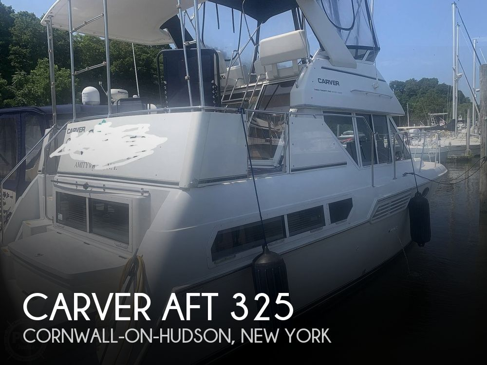 1997 Carver boat for sale, model of the boat is Aft 325 & Image # 1 of 40