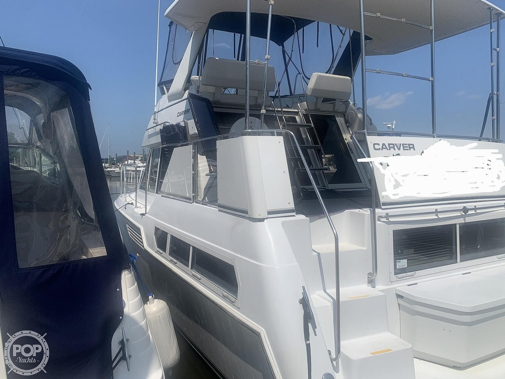 1997 Carver boat for sale, model of the boat is Aft 325 & Image # 7 of 40