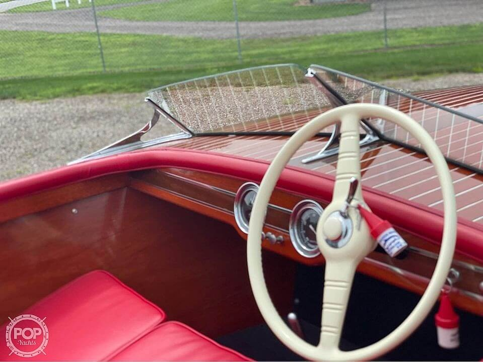 1948 Chris Craft boat for sale, model of the boat is Deluxe Runabout & Image # 14 of 40