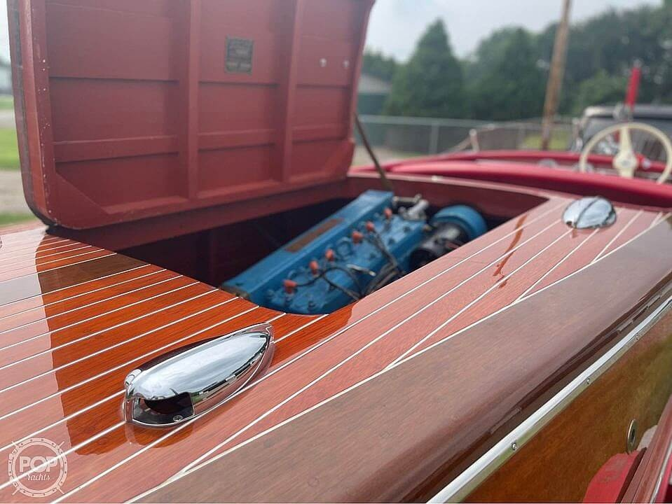 1948 Chris Craft boat for sale, model of the boat is Deluxe Runabout & Image # 9 of 40